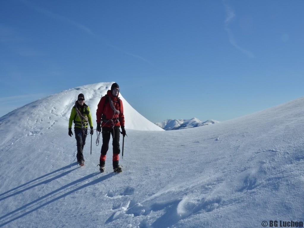 Formation alpinisme, évoluer sur la neige