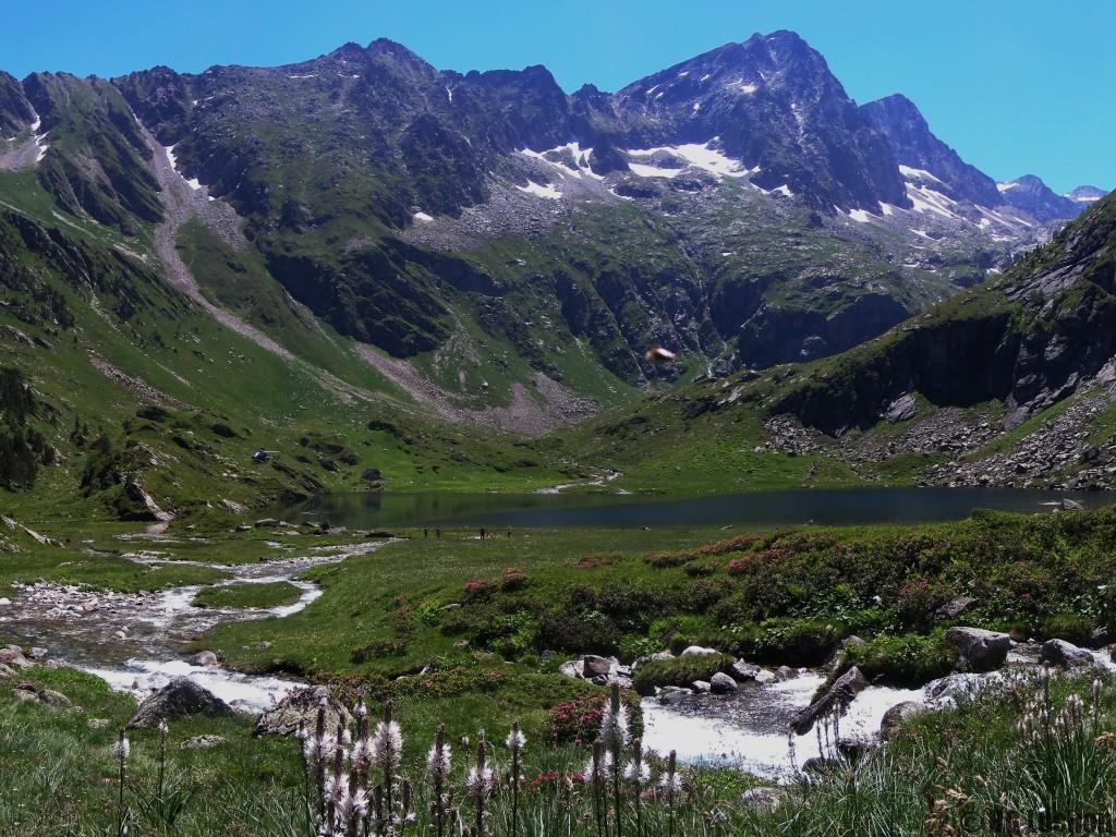 Rando Journée De Lacs en lacs: Lac d'Oô 1504 m - lac d'Espingo 1882m - lac du Saoussat 1921m