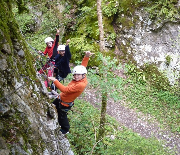 Via_ferrata_initiation_01